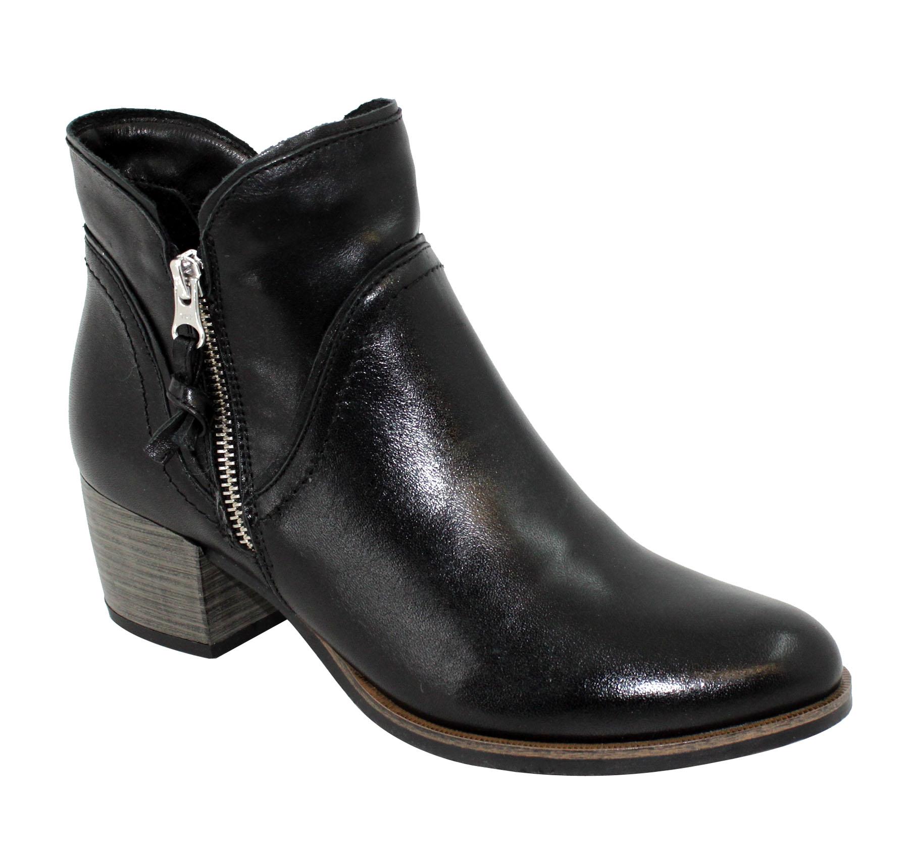 Dámské kotníkové boty z kvalitní lícové kůže. Obuv Hulman b7fbe829f4